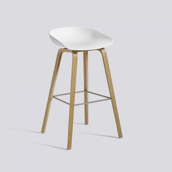Taburete About a stool AAS32. Hay