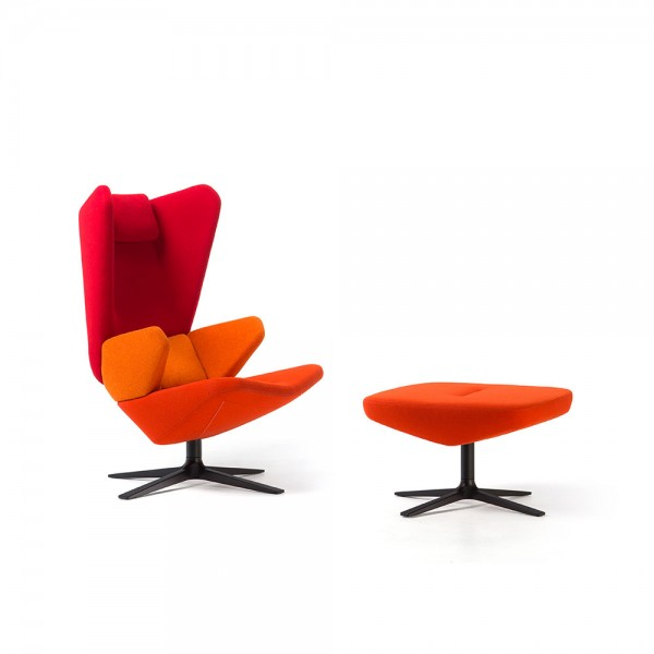 Trifidae lounge chair. Prostoria
