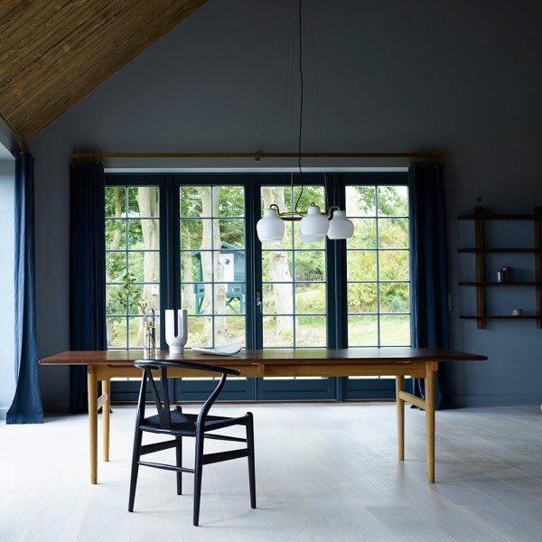 Silla CH24 Wishbone Colors Black. Carl Hansen and Son
