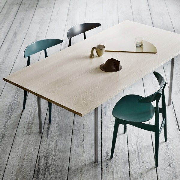 Mesa CH318 Dining table. Carl Hansen and Son