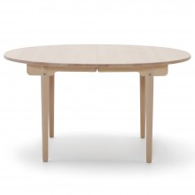 Mesa CH337 Dining Table extensible. Carl Hansen and Son