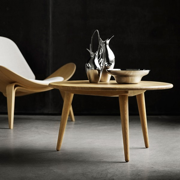 Mesa auxiliar CH008. Carl Hansen and Son