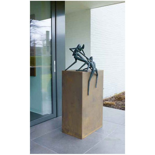 Escultura All for One. Gardeco