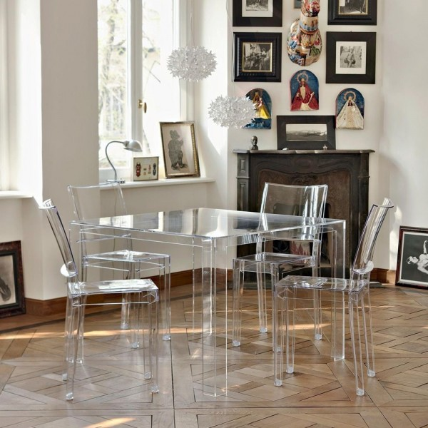 Mesa alta Invisible. Kartell