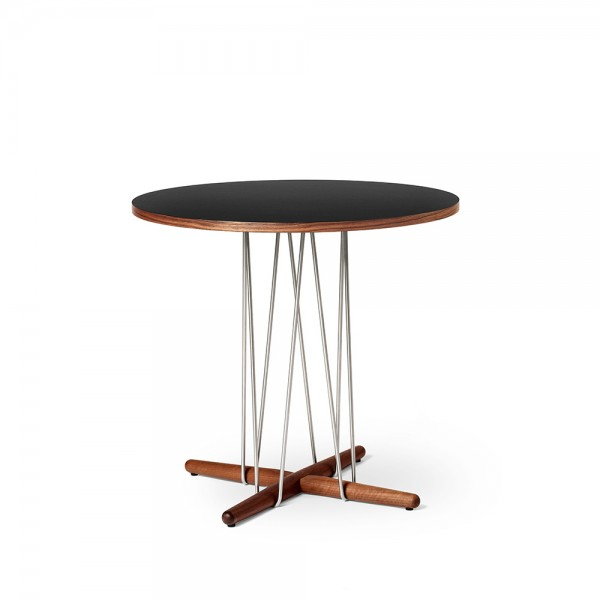 Mesa E020 Embrace Table. Carl Hansen and Son