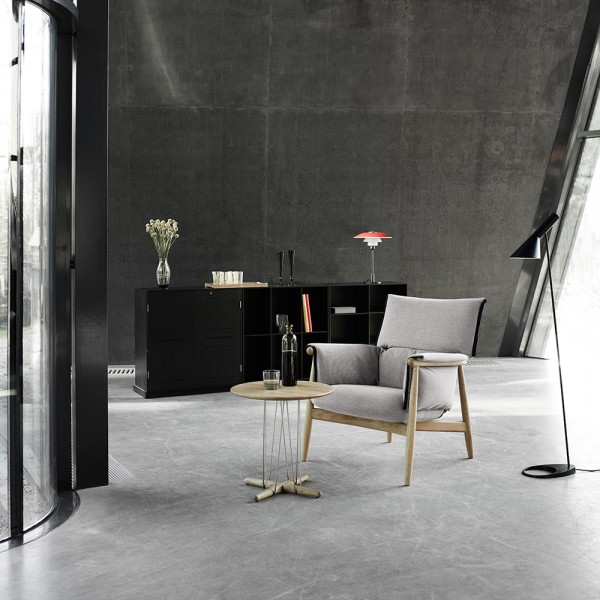 Mesita auxiliar E021 Embrace Table. Carl Hansen and Son