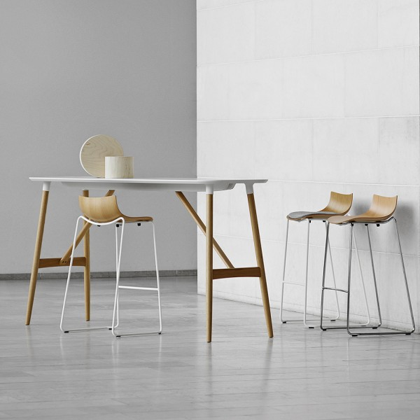 Mesa bar BA102/BA104 Preludia. Carl Hansen and Son