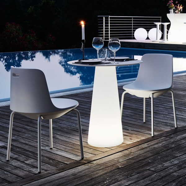 Mesa Fura dining light. Plust Collection