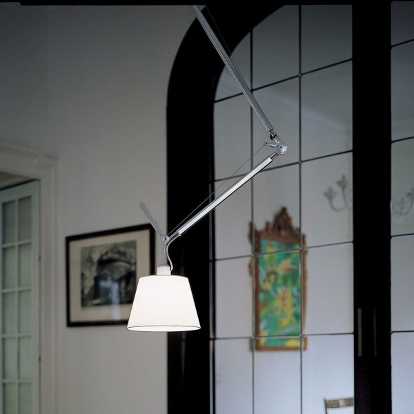Tolomeo decentrata suspension. Artemide