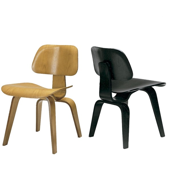 Silla Charles Eames 744. Alivar museum
