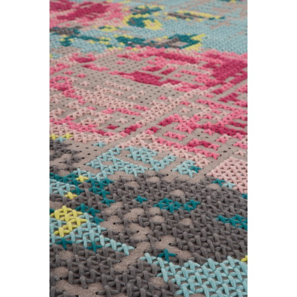 Alfombra Canevas Flowers 80 Color. Gan