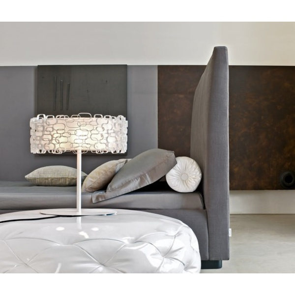Cama Bloom alto. Bonaldo