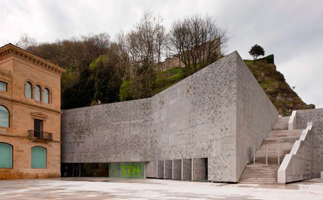 Colaboración en parte amueblamiento Museo San Telmo