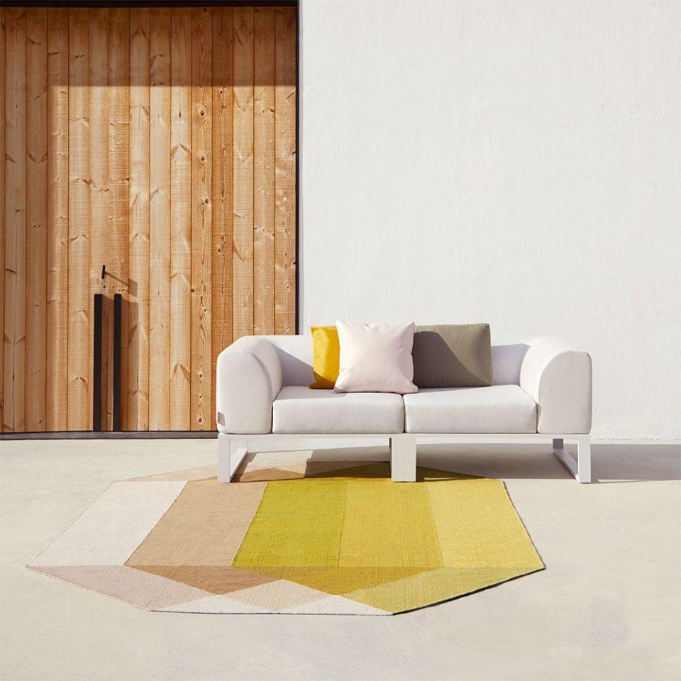 muebles pantone 2021