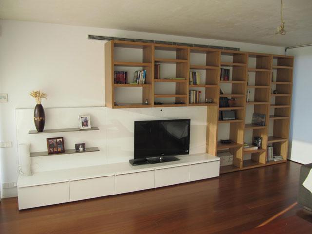 Proyecto a pasos sal n comedor vivienda con muebles - Interiorismo salon comedor ...