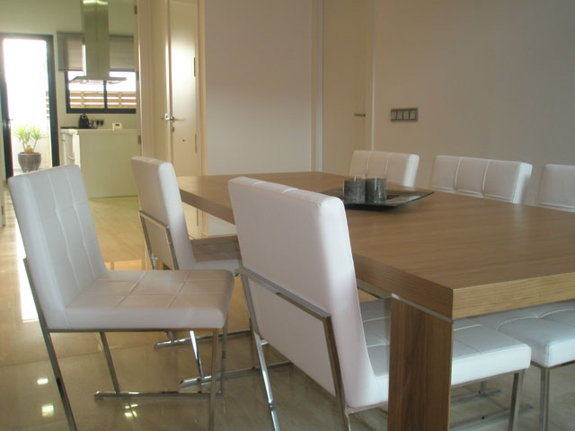 Exclusivo mesas y sillas modernas taringa for Sillas salon modernas