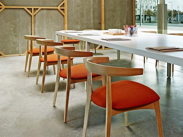 Andreu world redise a la silla carola lluesma interiorismo - Andreu world catalogo ...